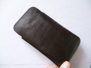 Neu & OVP: Smartphonehülle aus Leder, dunkelbraun, innen 70 * 135 mm