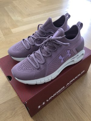 Neu & OVP Sneaker Under Armour