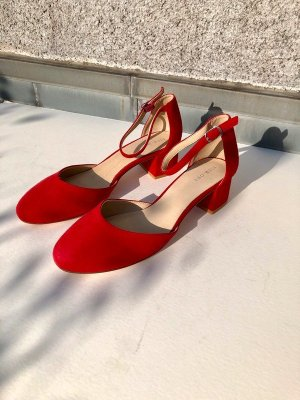 Pier one Mary Jane Pumps red suede