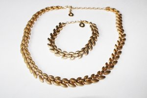 NEU - PILGRIM Set Halskette & Armband vergoldet gold Dänisches Design