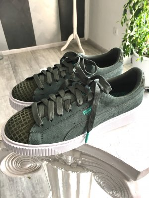 NEU Puma Sneaker Gr. 42,5 - khaki