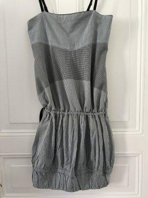 NEU!! Raffiniertes Kleid von STEFANEL