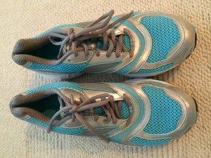 NEU Reebook Schuhe running premium