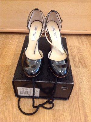 Neu Sandalen mit Keilabsatz von MNG