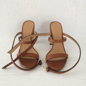 NEU! Sandalen mit Korbflecht Absatz von Mango