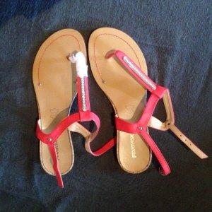 NEU Sandalen mit Steinchen