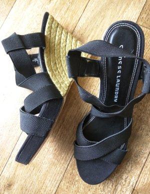 Neu Sandaletten schwarz
