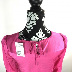 Neu!!!!! Satin Bluse von H&M mit Etikett