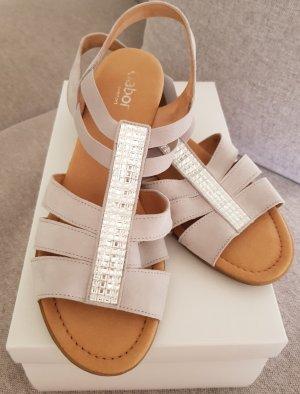 NEU!!! Schöne Sandale aus Nubukleder mit Strasssteinen