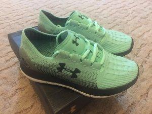Neu Schuhe Under Armour