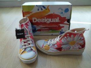 NEU Schuhe von Desigual in Gr. 38 mit Keilabsatz