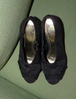 NEU* Schwarze High-Heels mit Schleife