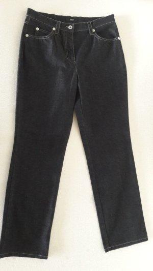 NEU | schwarze Jeans von zaffiri