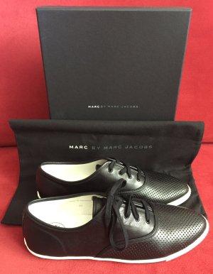 NEU - Schwarze Leder-Sneakers von Marc by Marc Jacobs (NP 178,00 €)