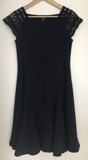 NEU!!! Sehr schönes Kleid von Lauren Ralph Lauren in Größe M