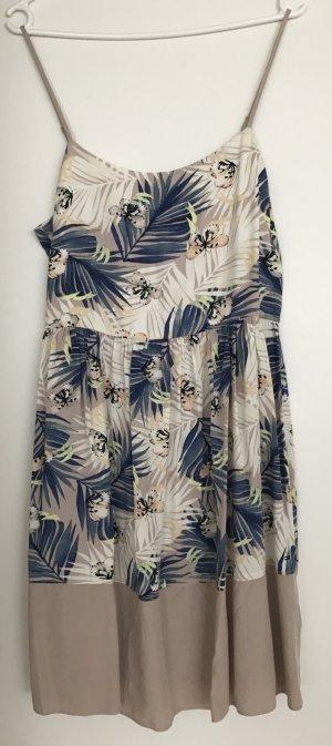 NEU!!! Sehr schönes Sommerkleid von Tommy Hilfiger in Größe M