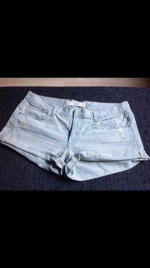 NEU!! Shorts von Abercrombie & Fitch