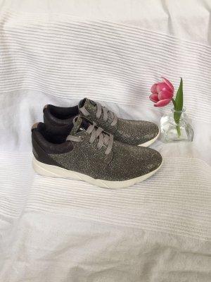 NEU silber Blogger Sneaker weiß Glitzer bequem Größe 40 S.Oliver