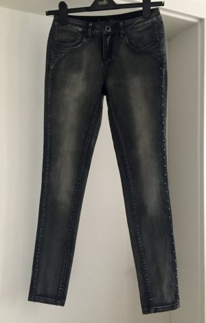 NEU, Skinny Jeans von DenimCo (Primark)