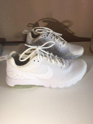 NEU Sneaker Nike Air