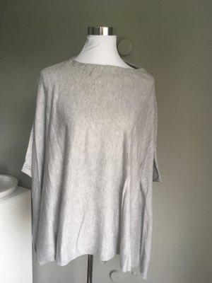 Lawrence Grey Poncho in maglia grigio chiaro