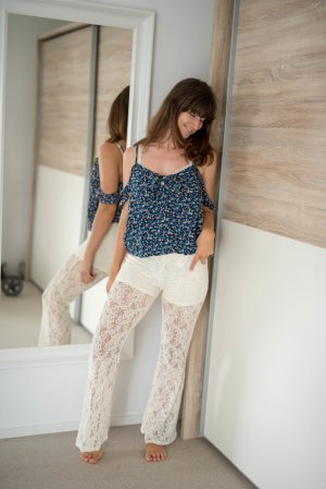 Hollister Flares natural white-cream