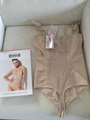 NEU String Body WOLFORD Sixty-Six Shapewear Gr. 36