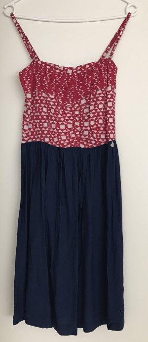 NEU!!! süßes Kleid von Tommy Hilfiger in Größe M