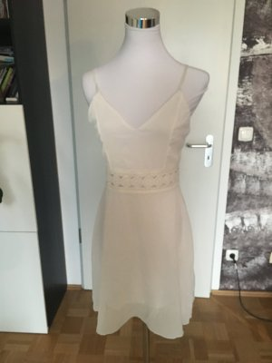 Neu! Süßes Sommerkleid! Weißes Trägerkleid mit Häkeldetails, S