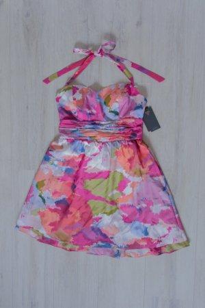 NEU Tailliertes Neckholder Kleid mit sommerlichem Muster von Guess