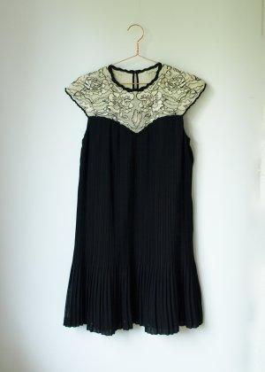 NEU Ted Baker Wastila Dress schwarz plissiert Kleid creme Spitze Size 2 S 36 38