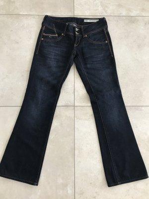 NEU!!! Tolle Bootcut Jeans von Hilfiger Denim in Größe 29/32, fällt aber eher wie eine 28/32