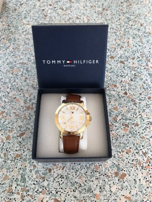 NEU Tommy Hilfiger Damen Uhr Neu