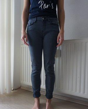 NEU Tommy Hilfiger Jeans, 26/30 W/L, graublau