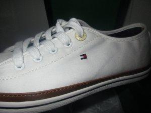 NEU Tommy Hilfiger Sneaker 37 weiss