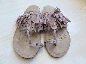 NEU Traumhafte schöne Sandaletten mit Fransen in Altrosa, Nude, Grösse 38