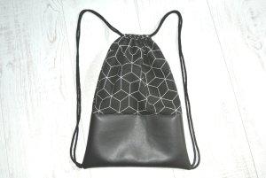 Neu - Turnbeutel - Rucksack geometrisch Kunstleder schwarz -