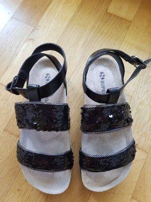 NEU und ungetragen: SUPERGA Sandale in Gr. 37