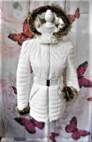 """NEU ungetragen aber ohne Etikett! Gr. 34/36 MORGAN Jacke  in ECRU (kein Schneeweiss!)   passt auch bei Gr. 34 Kunstfellabschluss am Kragen – die an den Ärmeln sind abnehmbar / elastischer mit Gurt  / aussen """"plastifiziert"""" / hoher Neupreis Umfang der Büst"""