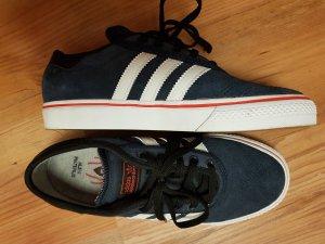 Neu & Ungetragen ! Adidas adiease Sneaker Gr.38,5