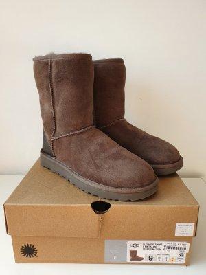 UGG Fur Boots brown-dark brown