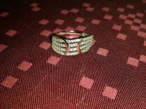 NEU Verkaufe den Ring in silber