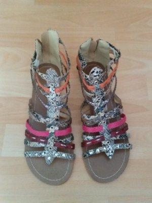 NEU Verkaufe die Sandalen Größe 41 in bunt