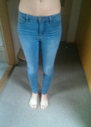 Neu! Vero Moda - Jeans; Gr. 27/32