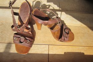 Via uno High-Heeled Sandals brown leather