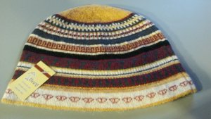 Chapeau en tricot multicolore laine alpaga