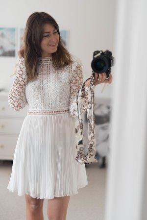 Empire Dress white