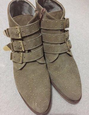 Neu Wildleder Boots Stiefeletten beige Gold Nieten 39/40