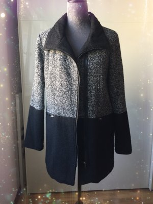 Abrigo corto negro-gris