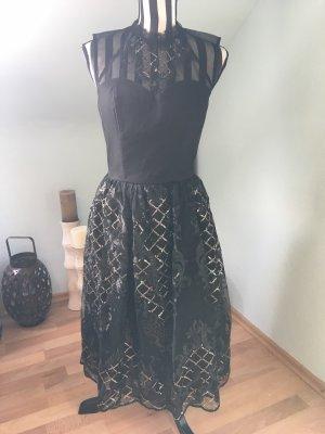 Chi Chi London Robe de cocktail noir
